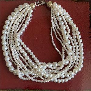 Jewelry - Multi strand pearl choker